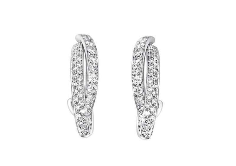 Possession18K白金耳環鑲嵌106顆圓形美鑽(約0.78克拉)台幣參考售價 279,000 元