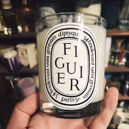 對編而言,蠟燭是生活中最重要的小確幸之一。尤其是Diptyque的蠟燭,他們的蠟燭造型優雅美麗,香味又非常宜人,真的是一種讓人極為享受的奢華。其中我最喜歡無花果味道的,帶點煙燻感覺的淡淡果香,四季都適合使用,一點起來,房間就會有種優雅的感覺~真的超愛的…。推薦者:Marie Claire採訪主編 Nicole