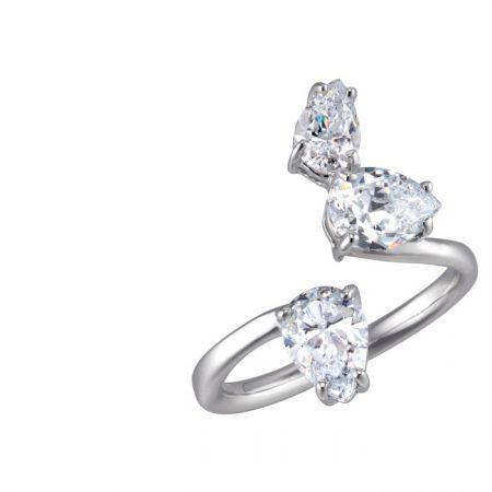 ARTĒMinimal迷你戒指系列Triad晶鑽尾戒 NT$6,000