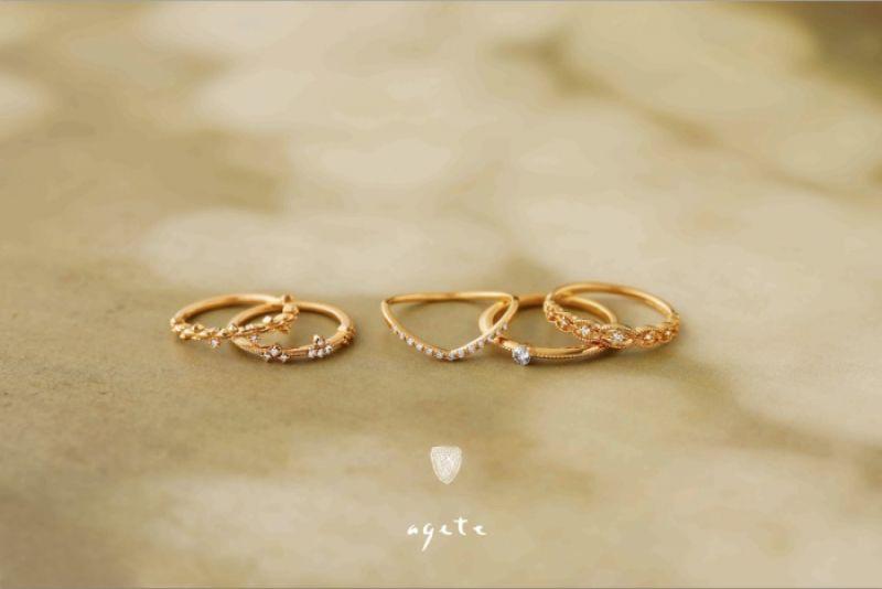 agete 戒指,$10800、$14400、$18900、$31500、$18500(由左至右)