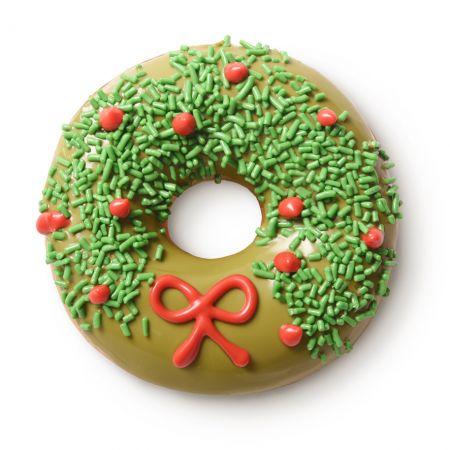 幸運耶誕環▶外層:抹茶巧克力;裝飾:硬紅&綠色繽紛 $50