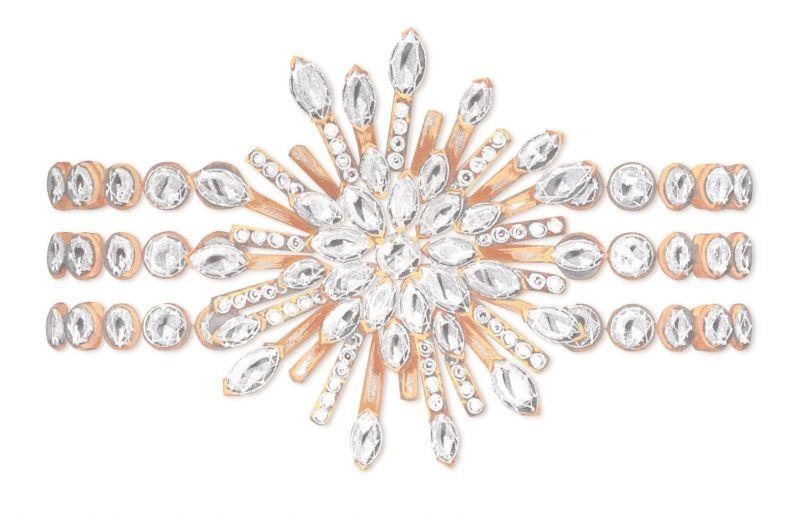 Sunny Side of Life18K玫瑰金手環鑲嵌147顆圓形美鑽(約20.57克拉)及35顆馬眼形切割鑽石(約4.66克拉)台幣參考售價 9,150,000元