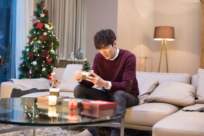 李敏鎬與innisfree 2016 DIY聖誕音樂盒(聖誕樹)