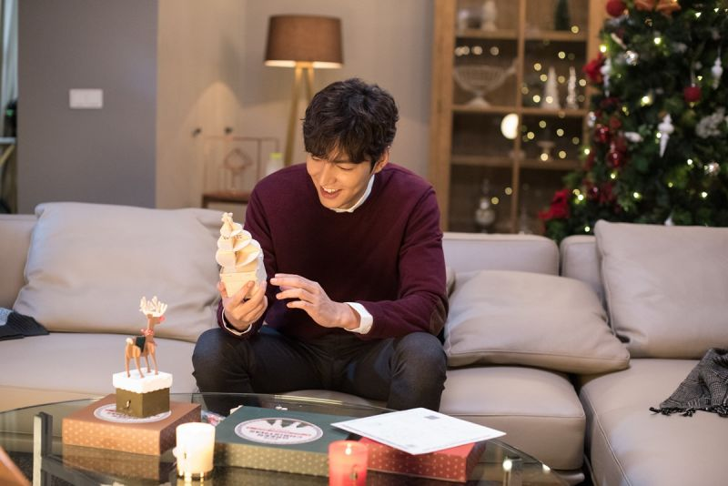 李敏鎬組裝innisfree 2016 DIY聖誕音樂盒