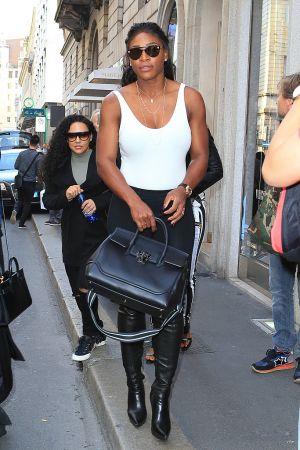 美國網球天后小威廉絲(Serena Williams)手提Palazzo Empire黑色牛皮提包於米蘭街頭, NT$106,000
