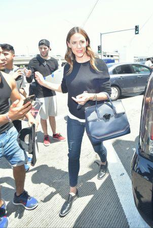 好萊塢女星珍妮佛嘉納(Jennifer Garner)手提Palazzo Empire黑色牛皮提包於LAX機場, NT$106,000