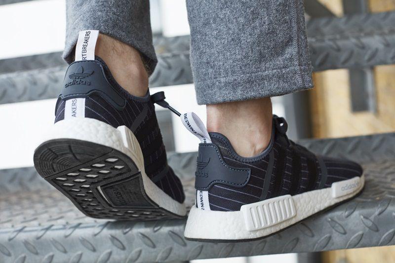 adidas Originals 與日本潮流品牌BEDWIN聯名款黑色NMD_R1 NTD6,200(男性鞋款)