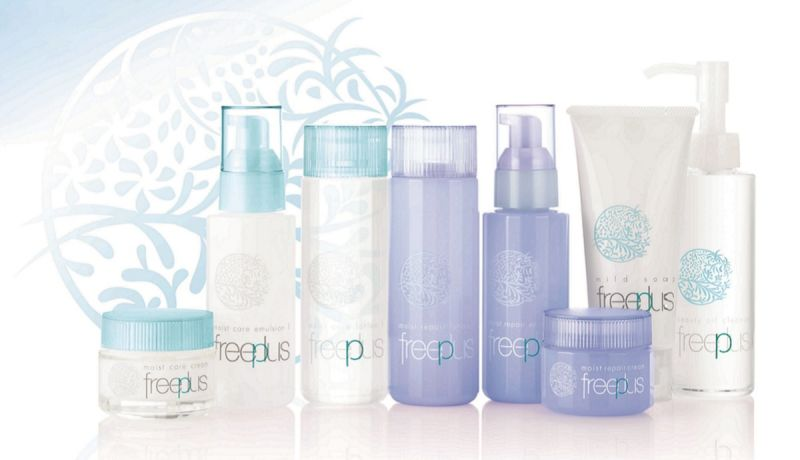 Kanebo旗下開架醫美品牌「freeplus」,將於2017年1月正式在台上市,為屈臣氏獨家販售品牌,針對現代女性肌膚易出現敏弱、不穩定的問題,推出「保濕修護」「保濕緊緻」兩大系列。