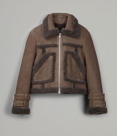 A11獨賣Asher 翻羊毛皮革夾克定價41900
