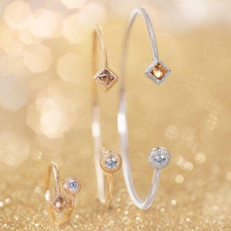 DE BEERS Talisman 系列Core鑽石戒環 NTD 68,000; Talisman 系列 Core 黃K金鑽石手環 NTD 114,000;Talisman 系列 Core 白K金鑽石手環 價格店洽