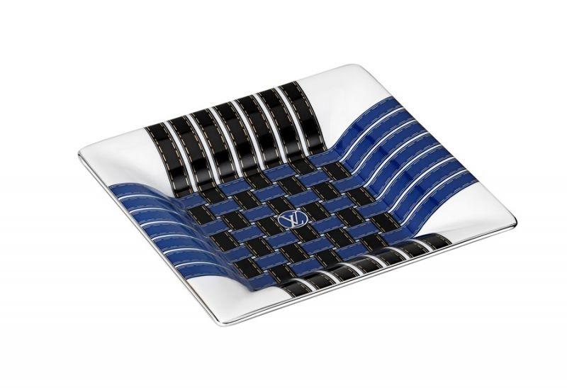 編織圖樣瓷盤,NT12,400