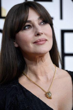 Monica Bellucci 穿戴 Cartier 珠寶