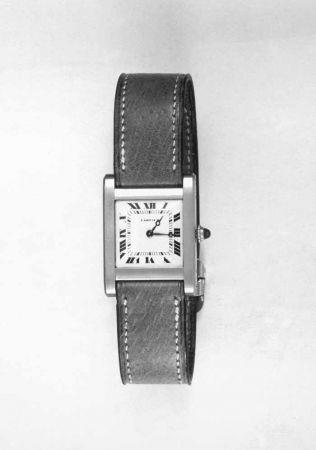 1917年,卡地亞坦克腕錶