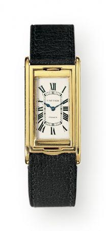1932年,TANK Basculante翻轉坦克腕錶