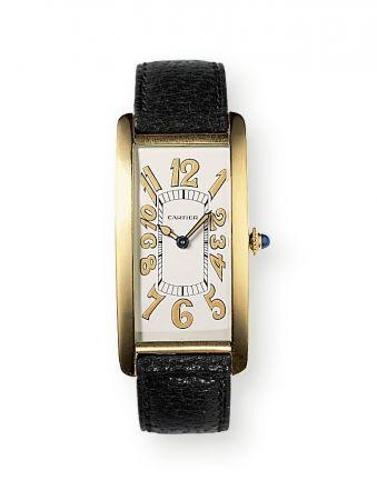 1921年,TANK Cintrée腕錶