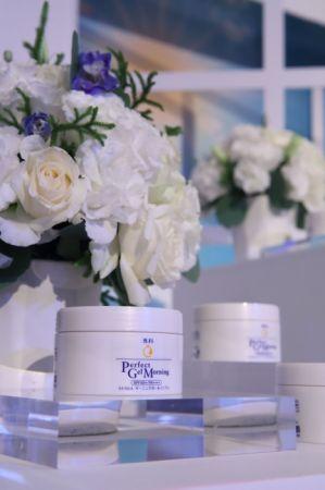 專科 完美多效早安水凝霜/100g,NT550(省去化粧水、乳液、美容液、粧前隔離及防曬五效合一)