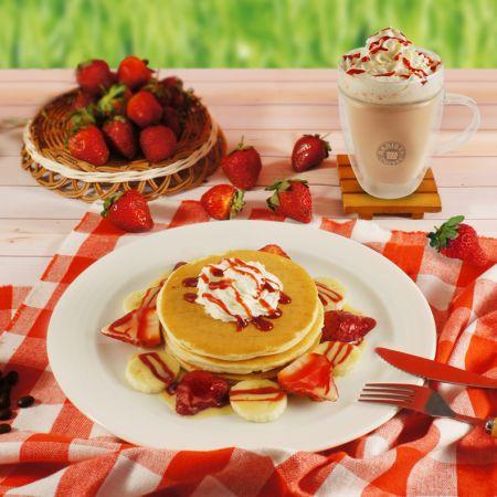 西雅圖極品咖啡草莓季 推出療癒系粉紅下午茶 融化少女心!玩莓交響曲鬆餅 170元 /搭配中杯拿鐵玩莓價209元草莓煉乳拿鐵 140元 /期間逢週一及週四買一送一