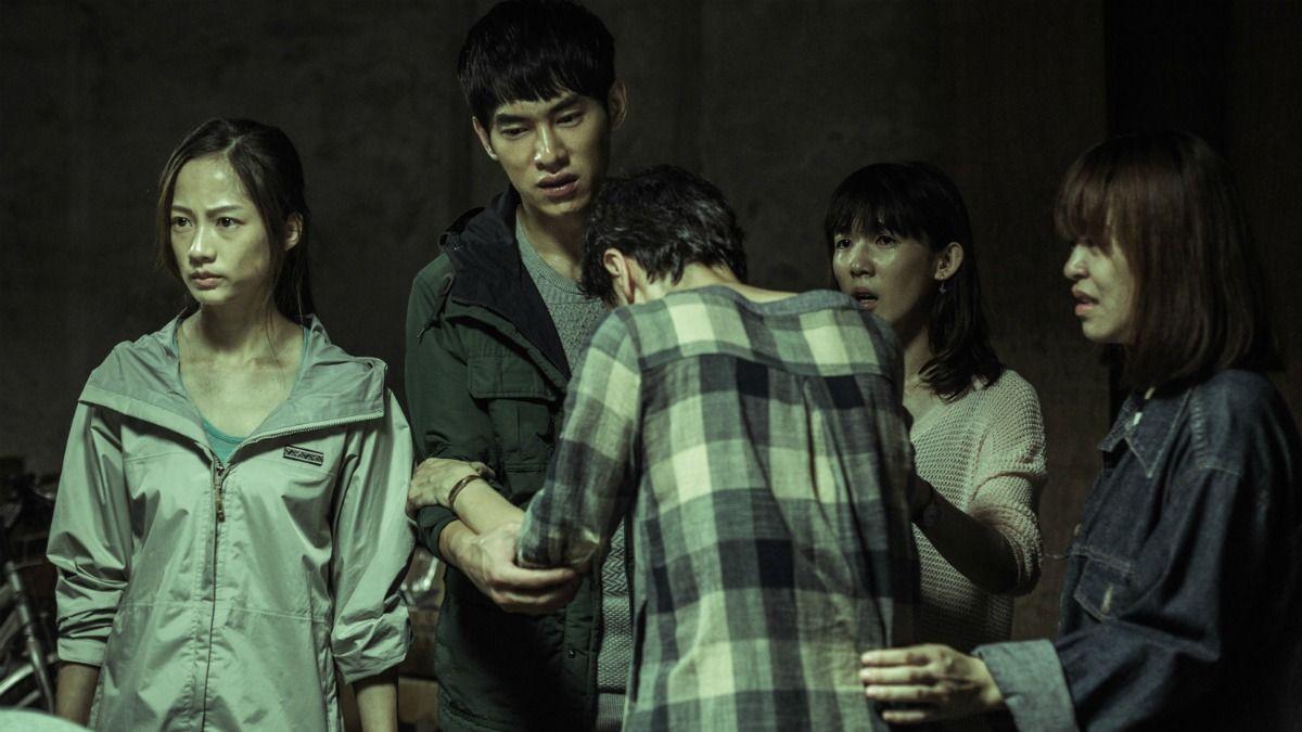 兇手究竟是誰?會讓人漸漸上癮的台灣驚悚懸疑劇《天黑請閉眼》