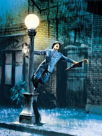 《萬花嬉春》被譽為影史最偉大的歌舞片,舞王金凱利在街頭與燈柱共舞、展臂揮帽等招牌舞姿,成了《樂來越愛你》男主角雷恩葛斯林模仿的對象。