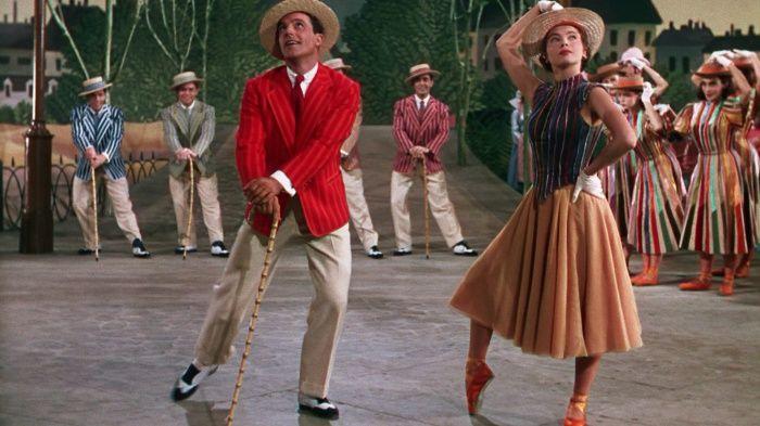 曾囊括六項奧斯卡大獎的《花都舞影》片尾長達十七分鐘的舞蹈,透過想像讓無法結合的男女主角雙宿雙飛,無論場景與敘事,都是《樂來越愛你》的靈感來源。