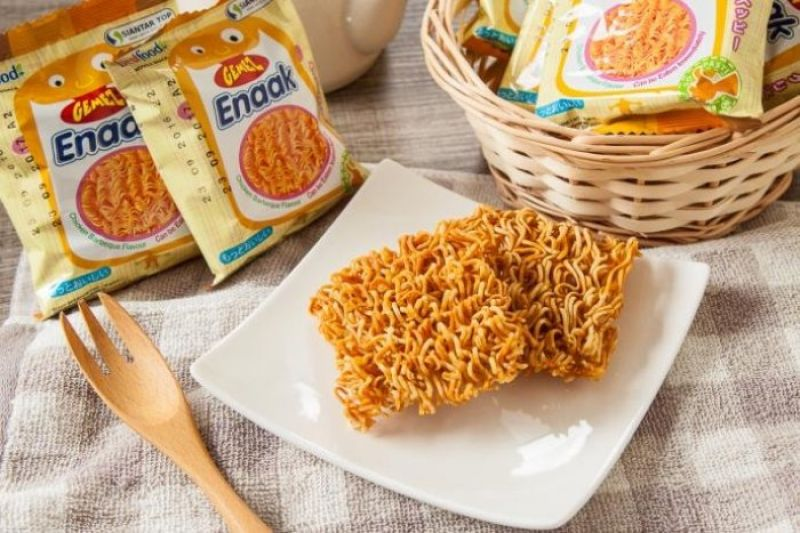 韓國超受喜愛的點心麵,Enaak超人氣點心麵,特殊爽脆口感,適合當作小零食嘴饞時刻來一包,停不下來的涮嘴好滋味!
