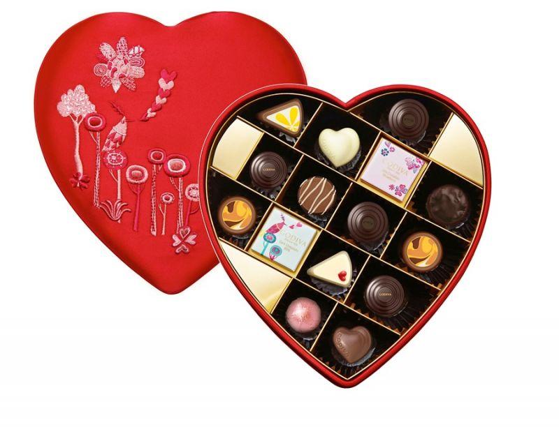 浪漫心形巧克力禮盒15顆裝 NT$3450