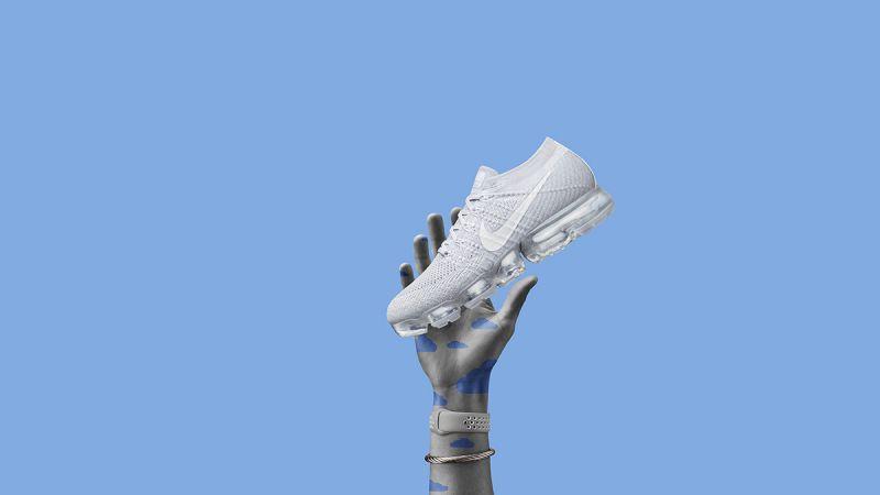 Nike Air VaporMax靈活的Flyknit鞋面和經過徹底革新的Air氣墊緩震系統,Nike Air VaporMax見證Air氣墊科技的重生。
