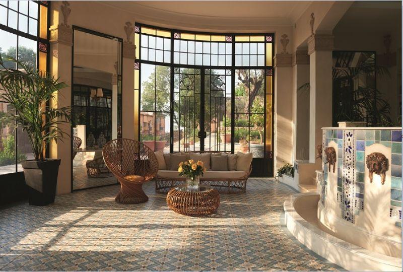 刻意保留建築中歷史牆面並賦予新生命,在摩登與經典中找到平衡感。
