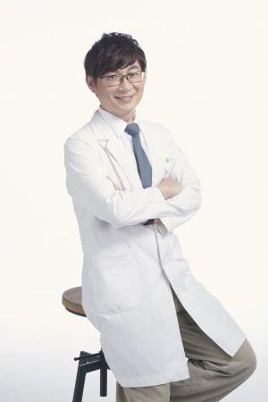 皮膚科詹育彰醫師