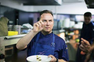 《主廚的餐桌》第三季提姆 · 勞爾,Restaurant Tim Raue 餐廳(柏林)
