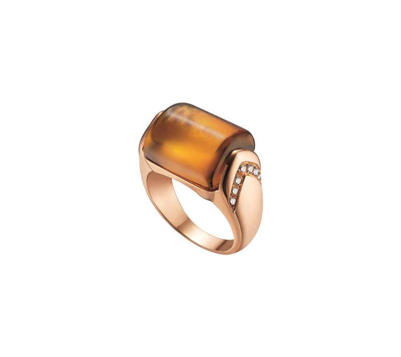 玫瑰金鑲嵌黃水晶與鑽石戒指,Bulgari。