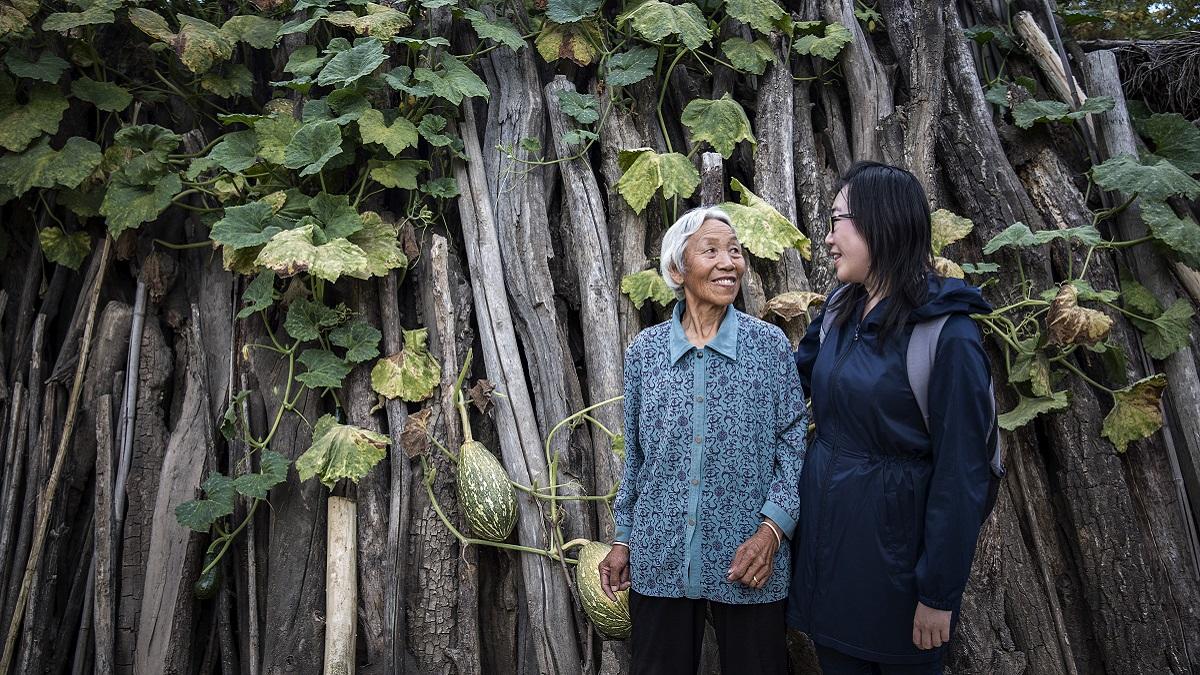 姜吉榕,「我受的教育讓我可以遠離世界上很多問題,但我想盡一份力去解決它。」