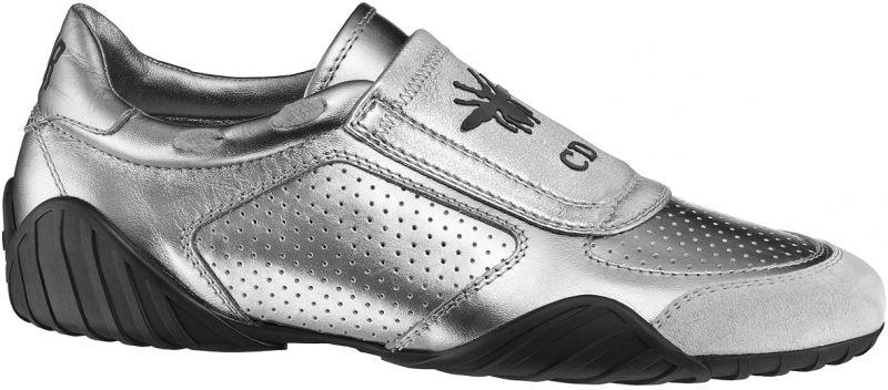 太空銀色小牛皮透氣孔洞與小蜜蜂圖騰球鞋NT$34,000