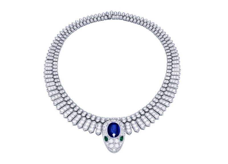 BVLGARI Mediterranean Eden 系列 Serpenti 頂級藍寶石與祖母綠鑲鑽鉑金項鍊(262169)