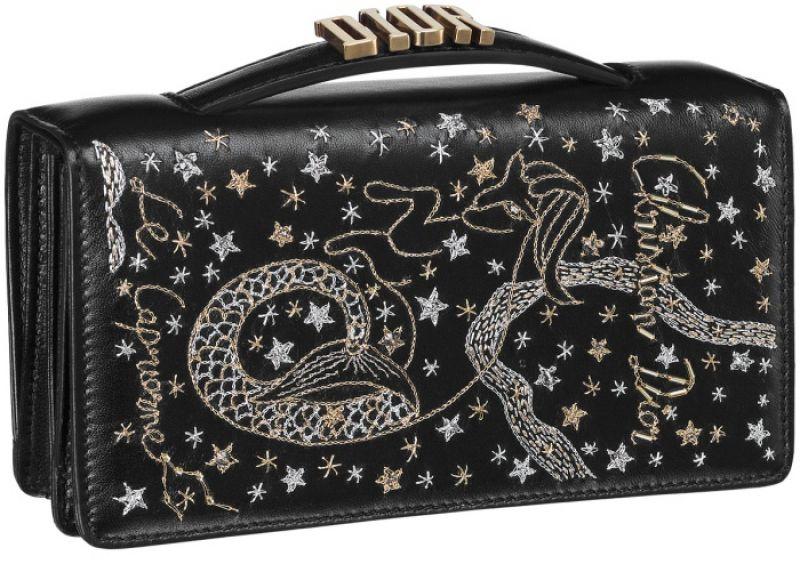 黑色魔羯座手工刺繡小羊皮晚宴包 NT$73,000