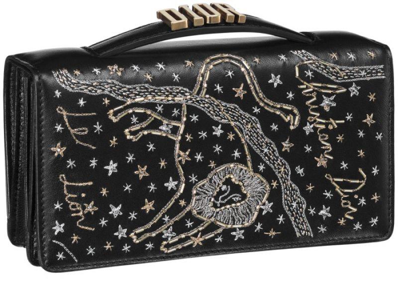 黑色獅子座手工刺繡小羊皮晚宴包 NT$73,000