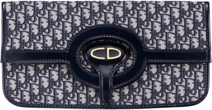 Dior Oblique 丹寧色復古logo花紋帆布牛皮滾邊信封折疊式手拿包 NTD 39,000