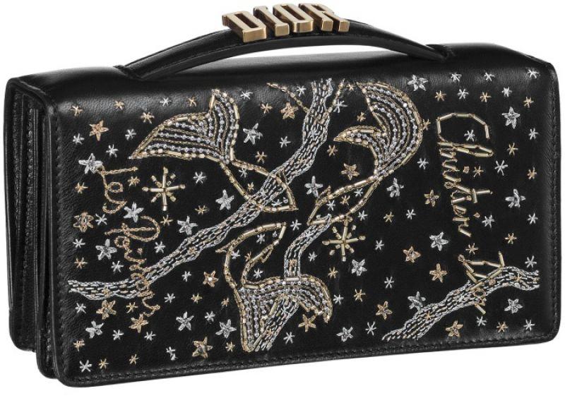 黑色雙魚座手工刺繡小羊皮晚宴包 NT$73,000