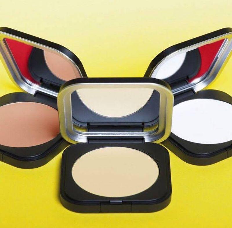 MAKE UP FOR EVER 2017 ULTRA HD 系列價目表(2017.3上市)IG@makeupforeverofficial超進化無瑕微晶蜜粉餅(透明、裸膚、粉膚)6.2g,NT1,400。