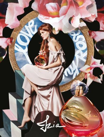 Sisley首度破例請來Model代言拍攝形象廣告。這位氣質婉約神祕的女主角,其實是伯爵夫人的姪女Sonia。