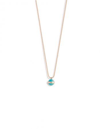 Possession18K 玫瑰金項鍊,鑲嵌單顆圓形美鑽(約重0.02克拉)及2顆綠松石圓珠(約重16.4克拉)G33PA400 台幣參考價格313,000元
