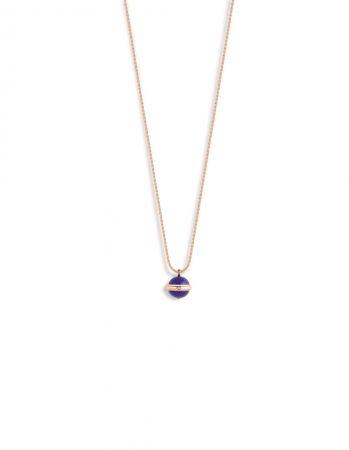 Possession18K 玫瑰金項鍊,鑲嵌單顆圓形美鑽(約重0.02克拉)及2顆青金石圓珠(約重17克拉)G33PA600 台幣參考價格212,000元