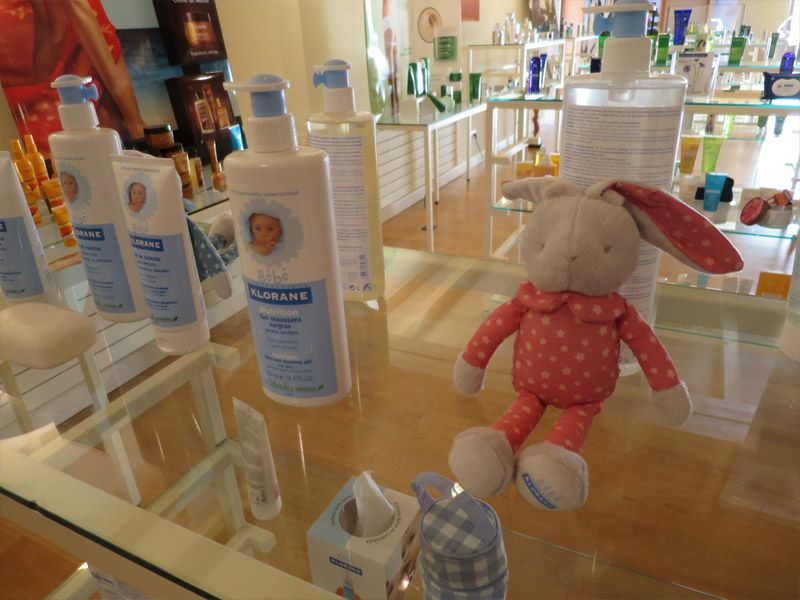 KLORANE蔻蘿蘭是皮耶法柏先生跨足美容保養的第一個品牌,在法國還有Baby系列養護品,超卡哇伊的,台灣藥局也買得到喔。