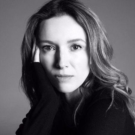 Givenchy首位女性創意總監Clare Waight Keller