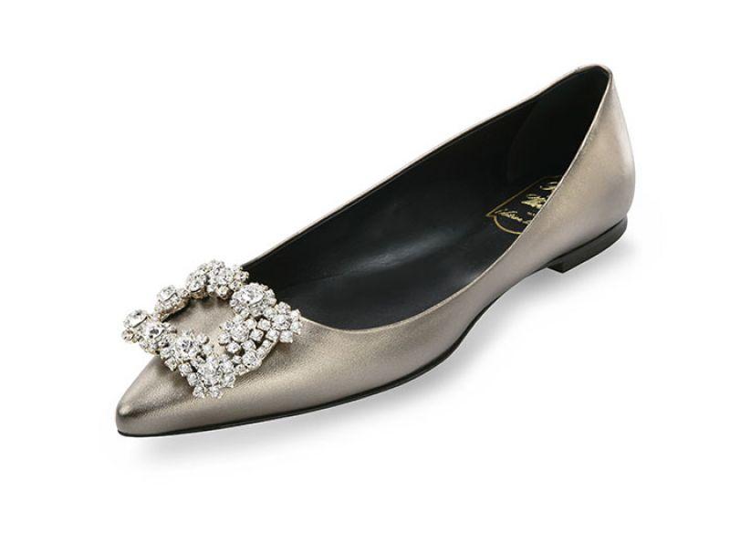 全球獨家台灣限定款Roger Vivier花鑽扣飾系列平底鞋 $69,900