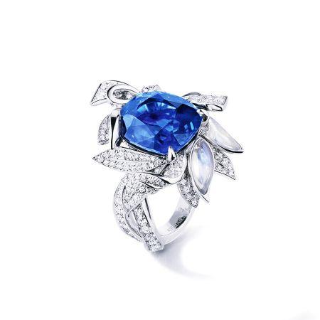Le Laurier 月桂藍寶月光石鑽石戒指 NT$25,450,000