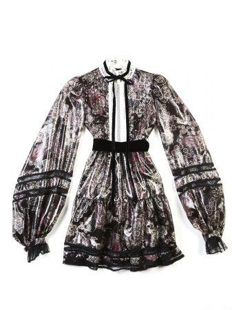 小碎花復古洋裝。