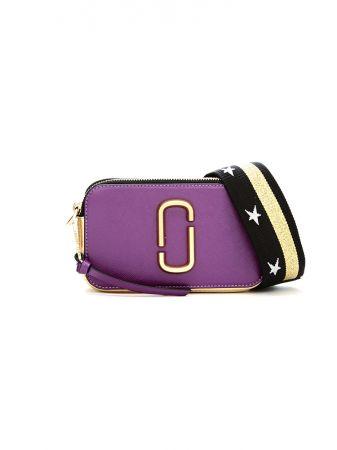 亮紫 Snapshot 側背小包。