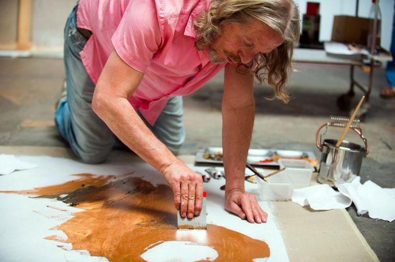 《蘇富比偽畫大師》將史上最大的偽畫交易搬上大螢幕,主角貝特萊奇本人將現身說法,示範如何創造完美偽畫。貝特萊奇的作品亂真程度不僅騙過蘇富比和佳士得,就連知名博物館也「收藏」了他的作品。