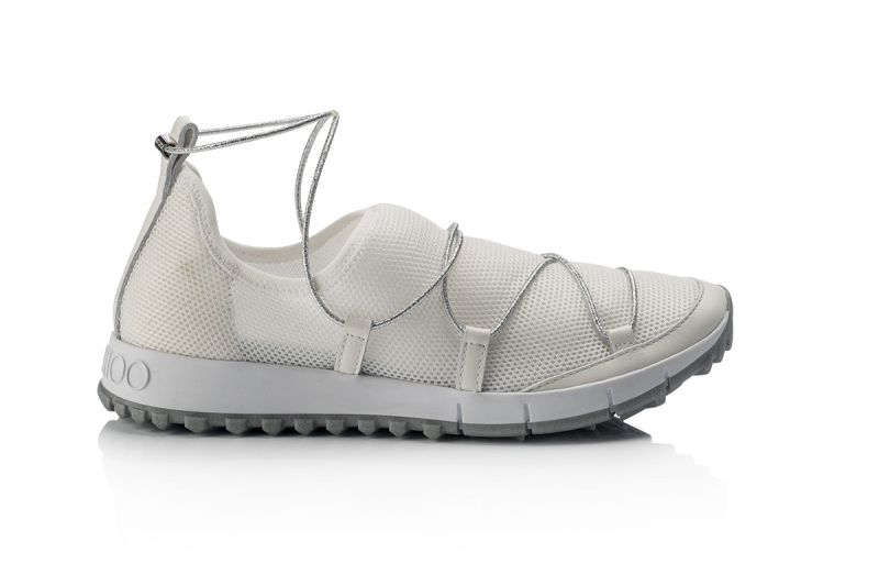 抽繩網狀運動鞋,Jimmy Choo。
